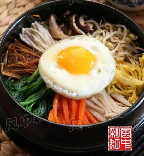 石鍋拌飯 / Stir Fried Rice in Stone Pot