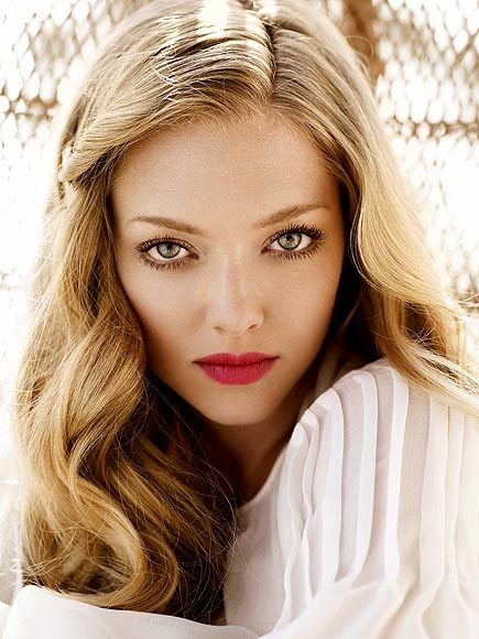 (via 25 Beauties (and Hotties) at 25 - AMANDA SEYFRIED - Most Beautiful : People.com)