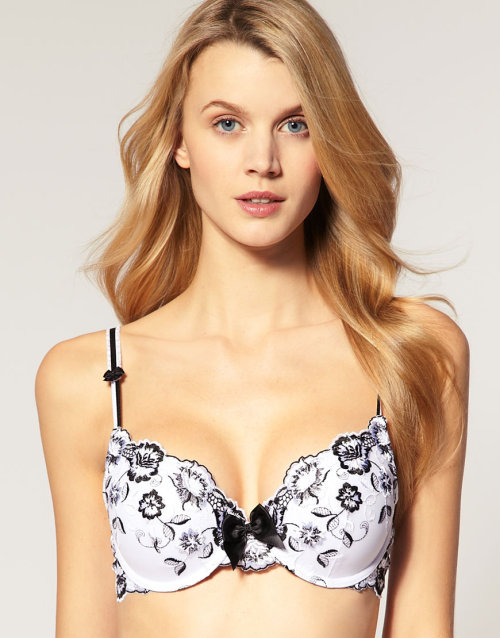 By Caprice A-D Gel Padded Bra With EmbroideryMore photos & another fashion brands: bit.ly/JgQpPW