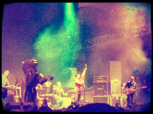 dreamingofanotherworld:  British Sea Power at Alexandra Palace