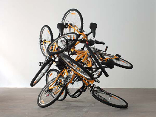 Krištof Kintera There is no way to go now 6 bicycles 4 x 3 x 2 m 2007