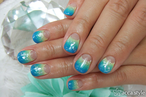 sea shore nail art
