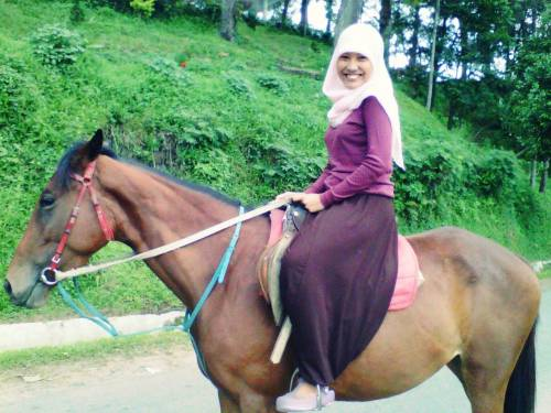 It's my first riding a horse.. Scare and nervous, but exciting at all :)