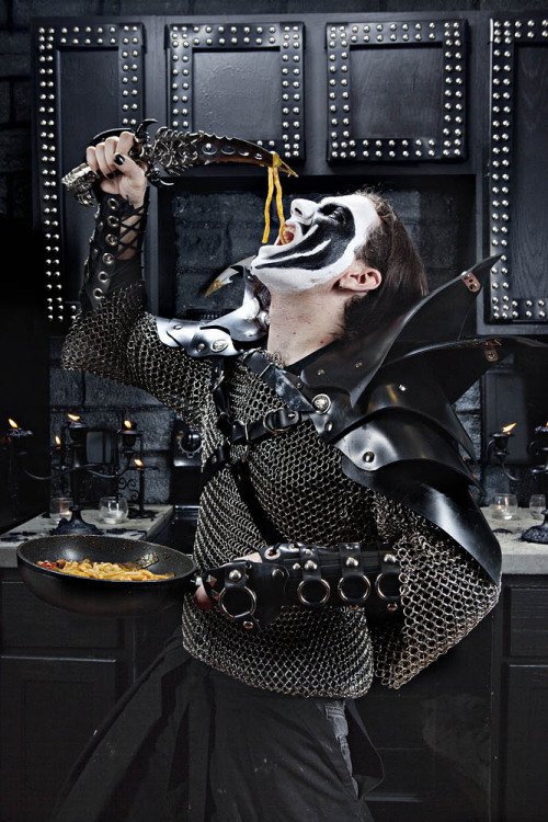 spreadallsorrows:  Vegan Black Metal Chef