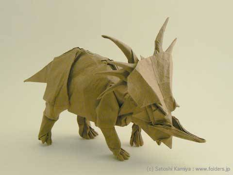 paleoillustration:  Prehistoric life by origami master Satoshi Kamiya. More photos (and some diagrams) at his web. If anyone finds detailed instructions for any of those, please send them to me. I need a herd of Styracosaurus on my desk. I need it Bad.