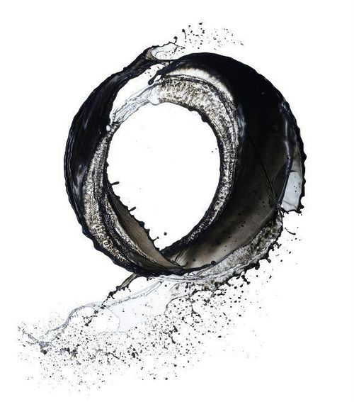 "cosmikcosmik:  Ensō (円相) is a Japanese word meaning ""circle"" and a concept strongly associated with Zen. Ensō is one of the most common subjects of Japanese calligraphy even though it is a symbol and not a character. It symbolizes absolute enlightenment, strength, elegance, the universe, and the void; it can also symbolize the Japanese aesthetic itself. As an ""expression of the moment"" it is often considered a form of minimalist expressionist art."
