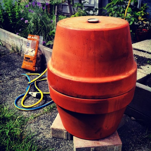 Flowerpot smoker. Click through for instructions and recipe. #altonbrown