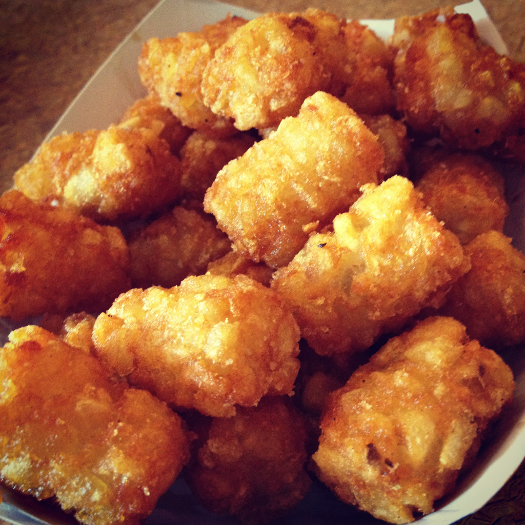 Look at those tots. Look at em.