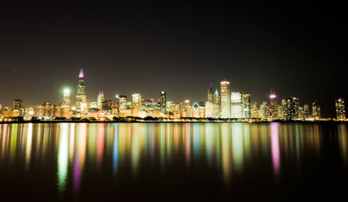 tonykatai:  Chicago Cityscape  Made me think of a friend of mine, what a beautiful shot of Chicago!