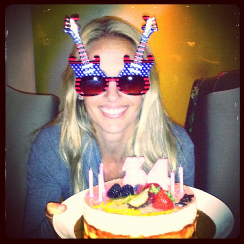 livejustlikeagypsy09:  @heathermitts: Good times in Sweden. #uswnt http://t.co/a3dqV4D3 Happy Birthday Mittsy!