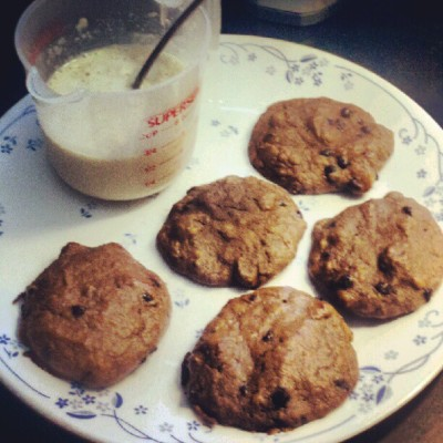 My pre-11hourshift meal: A #paleo friendly cookies and #milk :) #plantain #chocolatechip #cookies with #vanilla flavored #almondmilk. (Taken with Instagram)