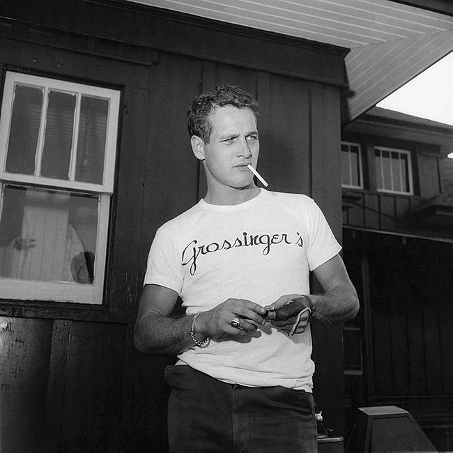mindofcourtney:  thisisnodream:  Paul Newman, circa 1950s.  Oh damn where is a time travel when you need it.