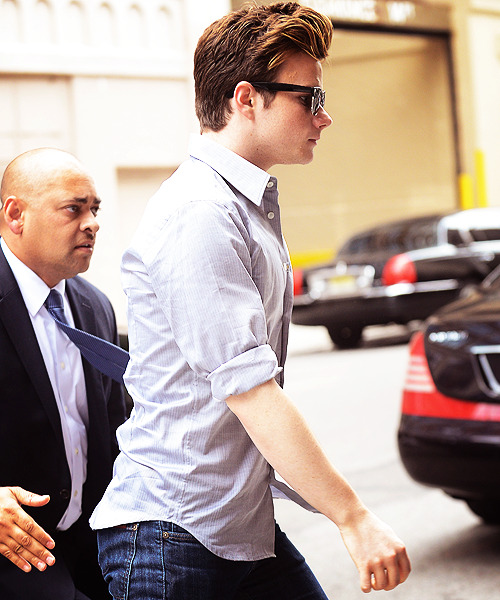 90/100 photos of Chris Colfer