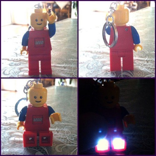 hello #lego man light! woot ^_^ #toys #toyrevolution #toycrewbuddies #toyplanet #superbabo  (Taken with Instagram)