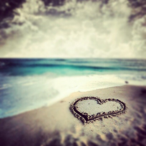 #pretty #heart #sand #tan #beach #waves #blue #sea #ocean #lovely #love #sky #clouds #white #seafoam #nature #creation #beauty #beautiful #summer #water  (Taken with Instagram)