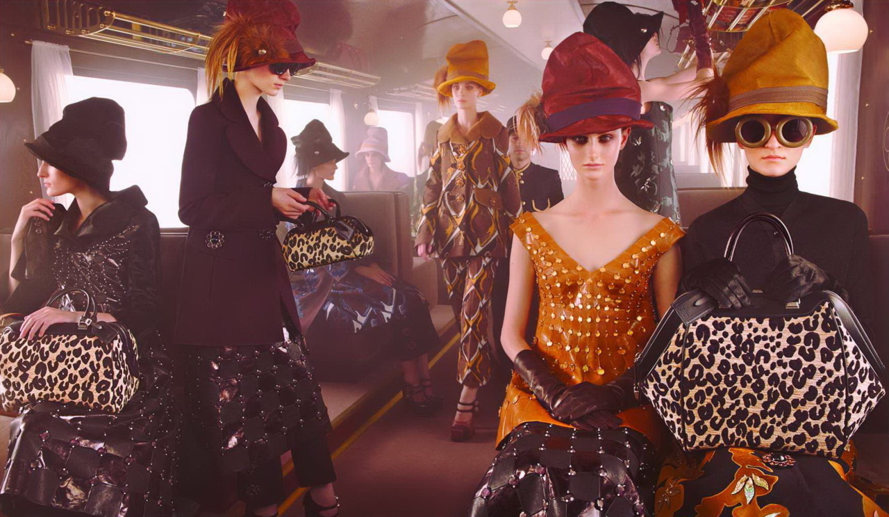vogueandcoffee:   Louis Vuitton Fall/Winter 2012 campaign.