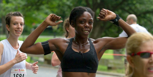 I'm Internet Famous!! Pic from the NYRR site for the 2012 New York Mini 10K