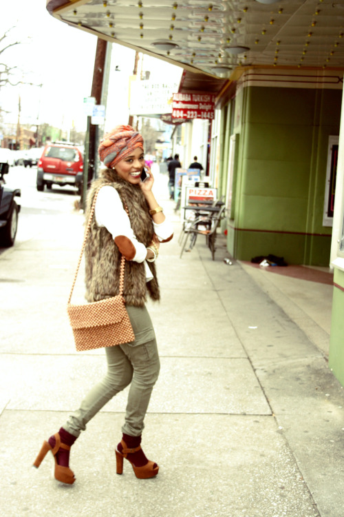 blackfashion:  Submitted by: velvetgypsy.tumblr.com