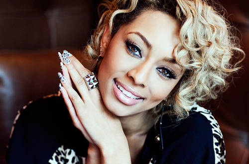 "caffeineriot:  Comments on Keri Hilson: ""I wish she'd dye her hair back & stick to writing love songs. Nothing too complicated like her second album. Her first one was gold to me… <3"""