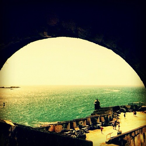 la garita #puertorico #instagram #iphonegraphy #oldsanjuan #morro #fort #view #door #ocean  (Taken with Instagram at Castillo San Felipe Del Morro)
