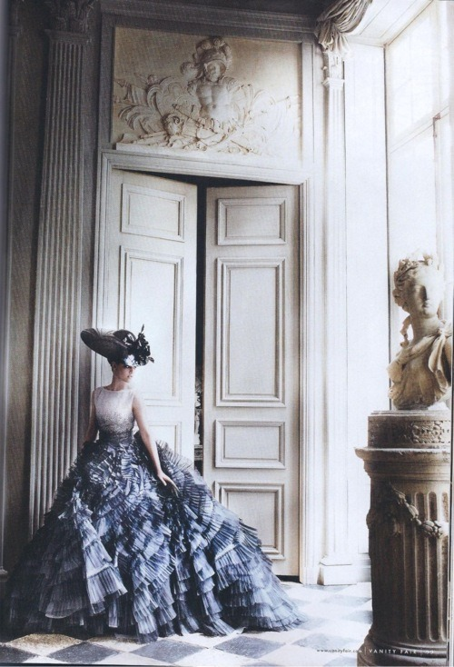 rojiba:  VANITY FAIR -  July 2012 Kristen Stewart in Dior Haute Couture ss 2012 LOVE LOVE LOVE!