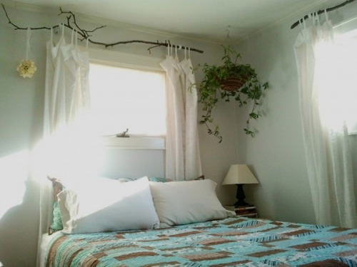 Here is a great tutorial on Tree Branch Curtain Rods http://www.interiorholic.com/decorating/handmade/awesome-tree-branch-curtain-rods/  YAY!!!!!!!