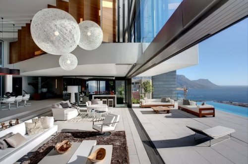 manchannel:  Clifton House, South Africa by SAOTA.