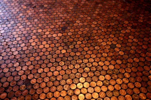 Check out the tutorial on the Copper Penny Floor! http://www.interiorholic.com/decorating/handmade/diy-copper-penny-floor/ I love this! :)