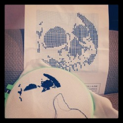 DIY cross stitch skull on skulladsy.com