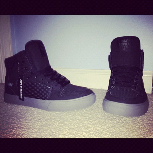 xperfectly-imperfectx15:  #supras #swag (Taken with Instagram)