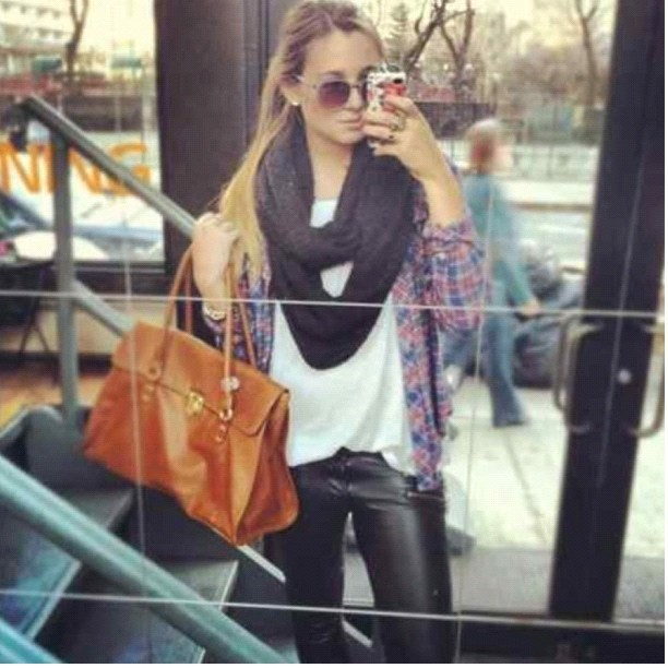 @fashionbabe14 #streetstyle @fashionlovexx #classy #trendy #sunglasses #ponytail #purse #scarf #plaid #leather #pants #black #brown #blonde #ring #bracelet  (Taken with Instagram)