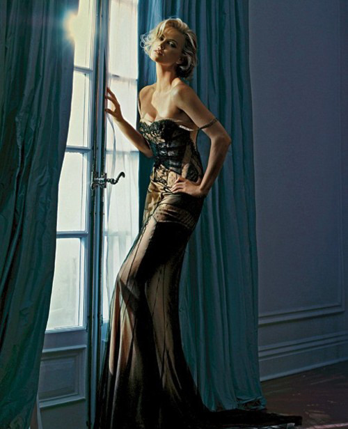 walkingthruafog: Charlize Theron by Patrick Demarchelier