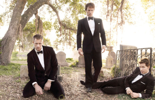 Alexander Skarsgard, Stephen Moyer & Ryan Kwanten - GQ by Mark Seliger, December 2009 TONIGHT.
