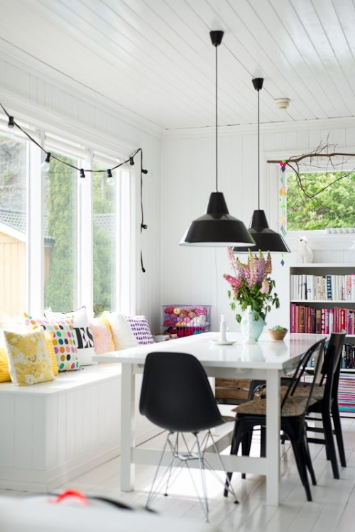 myidealhome:  lovely dining area (via Homes / Fjeldborg)