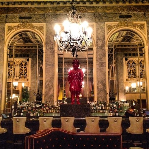 Hotel lobby bar. #SF #nofilter  (Taken with Instagram at Sir Francis Drake Hotel)