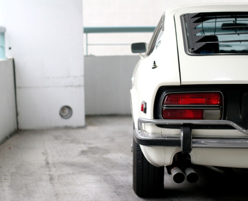 carpr0n:  Nothing Comes Close Starring: Datsun 240Z (by dizzy-eyed)