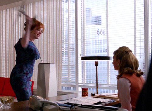 "25 THINGS ABOUT MAD MEN, SEASON 5 Joan Has a SurpriseThe normally calm, cool Joan Harris totally lost it when a moronic secretary allowed a subpoena officer in to serve her divorce papers. It was amazing: ""Surprise!!! There's an airplane here to see you!!!"""