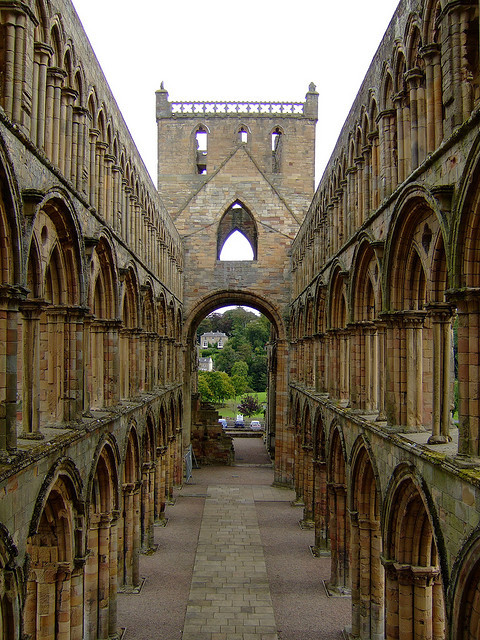 Jedburgh Abbey 4 by Elsie McElsie on Flickr.