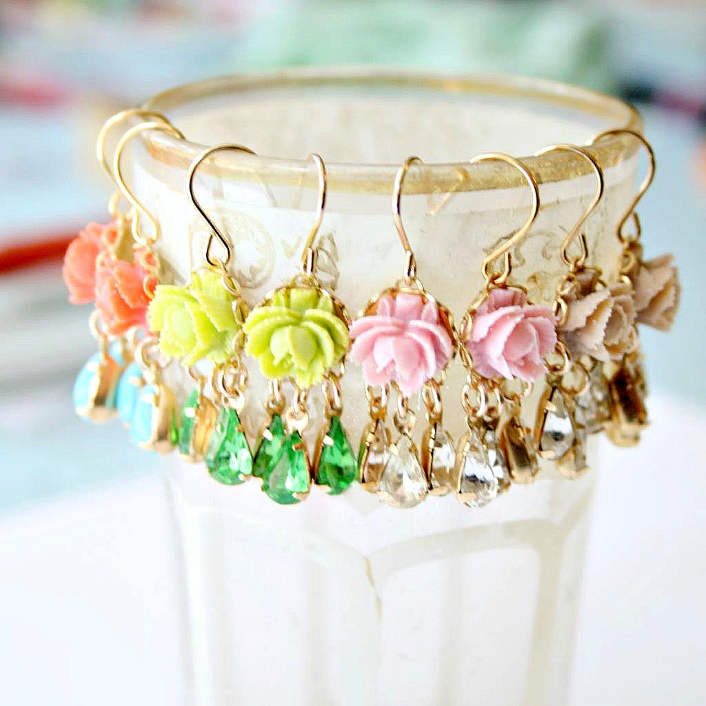 nestprettythings:  MINI ROSE CHANDELIERS BY NEST PRETTY THINGS