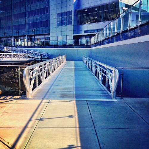 Two faced sea port (Taken with Instagram at BLT Harbor Point)