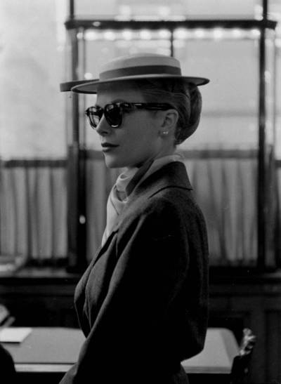 stfumadison:  Grace Kelly. Photo by Lisa Larsen.