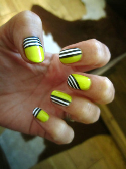 I can do this, and I shall.  Stay tuned! daaaanggirl:  Neon yellow stripy by DaaaangGirl