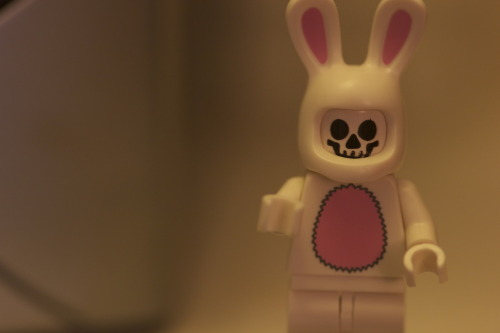 Here's a LEGO version of Frank from Richard Kelly's Donnie Darko. Please, to enjoy!