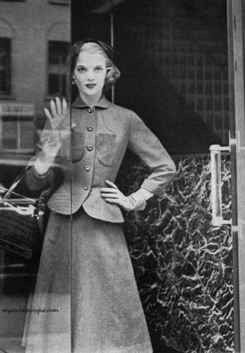 Harper's Bazaar September 1951 - photo by Karen Radkai