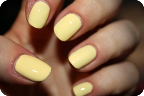 Models Own - Lemon Meringue. (Dry Cuticles too…)