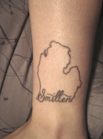 fuckyeahgirlswithtattoos:  Smitten with the mitten <3 Basically I am from Michigan, I grew up in the detroit area than moved to Grand Rapids after falling in love with the city after college at GVSU. It is where I grew up, where all my family and friends are, where I have learned all my life lessons, where I became who I am. Michigan I love you.   About as hipster as it gets but I still love a good mitten tattoo.  Still though where's the UP