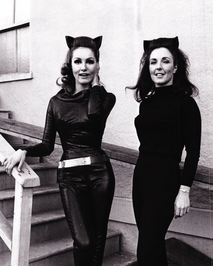 vintagegal:  Julie Newmar and Lee Meriwether c.1966     I don't think that's Lee Meriwether…