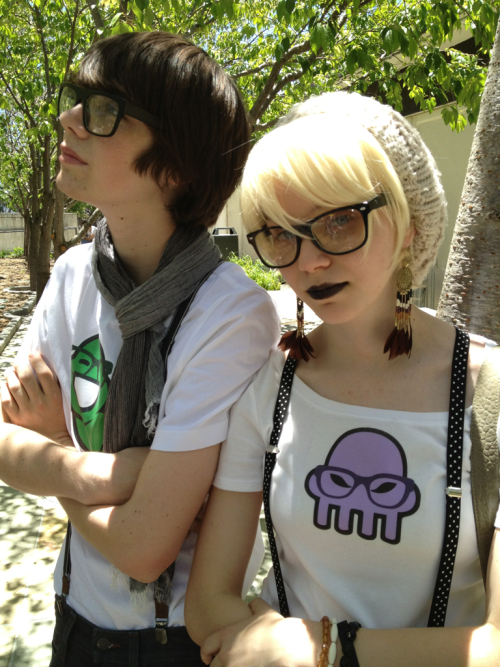 Sam and Alex as hipster John and Rose.