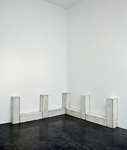 lafilleblanc:  Carl Andre (source)