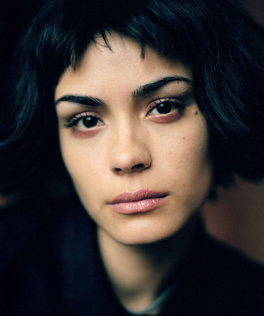 There's somethin about Shannyn Sossamon that's just so attractive. Maybe it's her deep black eyes or her smile or somethin but she's just a total dreamboat.